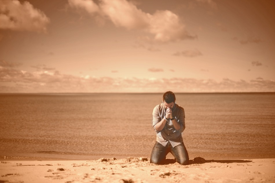 prayer-by-the-beach_tinted